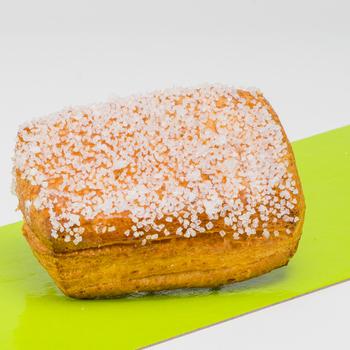 Puddingkoek met groffe suiker